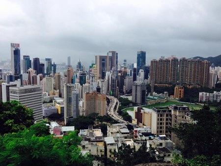 香港アナリスト、2016年は店舗賃料30%下落。
