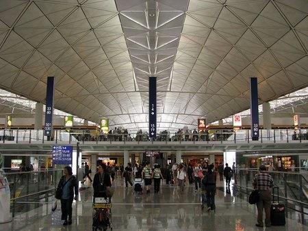 空港で出産
