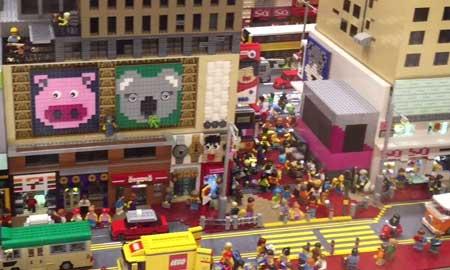 旺角にレゴ旗艦店がオープン!旺角の街並みをレゴで再現