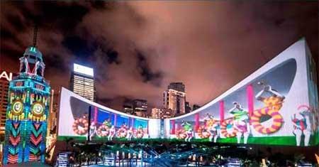 香港一の夜景スポットで3Dライトショー