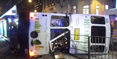 中環でトラム転倒14名が重軽傷