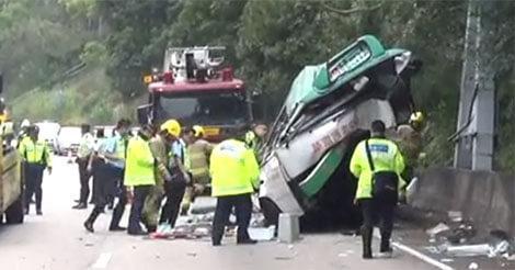 ミニバス事故