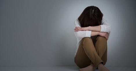 香港市民の自殺相談者が急増。将来を悲観