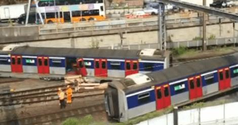 ホンハム駅脱線事故