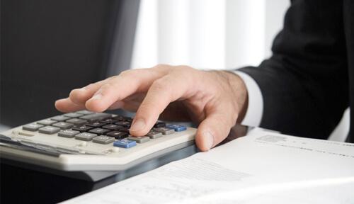 短期就労ビザのサポート費用と必要書類